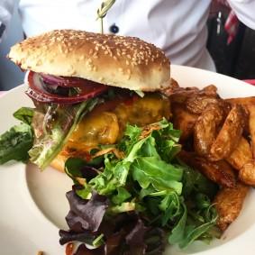 burgerite-aigu-pour-choisis-ton-resto-blog-restaurant-geneve-choisis-ton-resto-a-geneve-le-scandale-restaurant